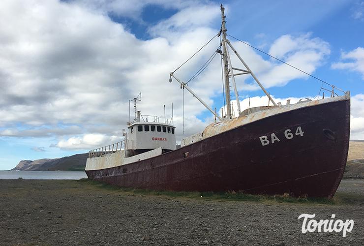 bateau échoué, bateau en acier, islande, Patreksfjörður, westfjord